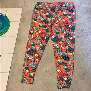 Lularoe coral floral leggings